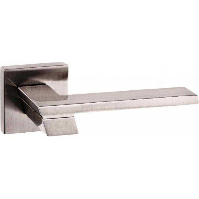 Atlantic Handles Senza Pari Giovanni Lever on Rose Handle
