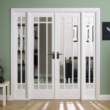 Internal White Primed Manhattan W6 Room Divider With Clear Bevelled Glazing