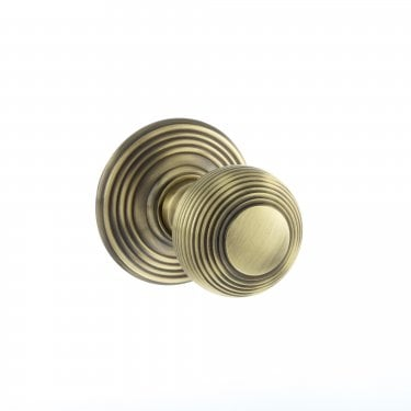 Old English 50mm Round Reeded Mortice Knob on Round Rose - Antique Brass (OE50RMKAB)