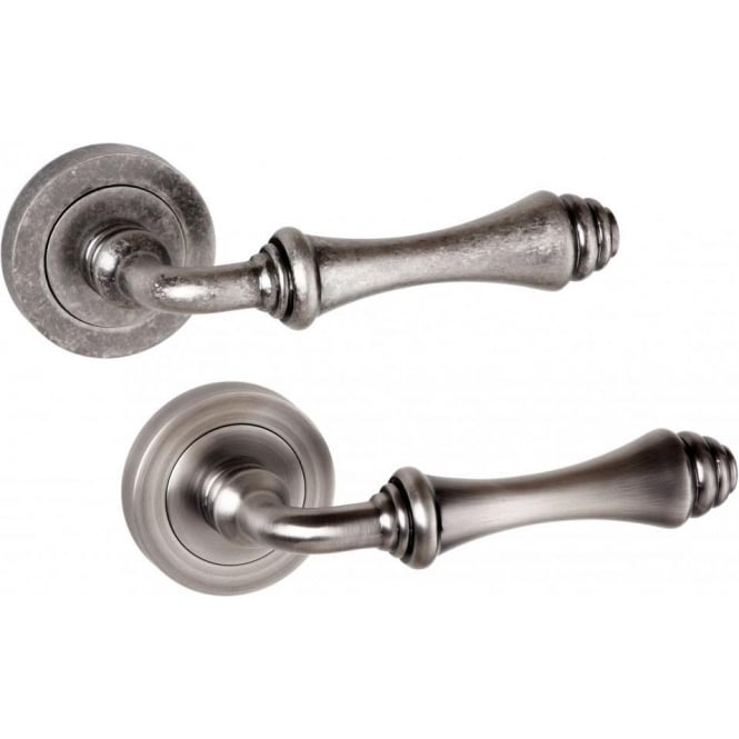 Atlantic Handles Old English Durham Lever on Rose Handle