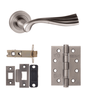 Old English Richmond Lever On Round Rose 3'' Fire Rated Latch Handle Pack, Matt Gun Metal (OE110MBN-3-FIRE-RATED-LATCH-PACK)