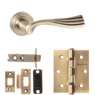 Old English Richmond Lever On Round Rose 3'' Latch Handle Pack, Matt Antique Brass (OE110MAB-3-LATCH-PACK)