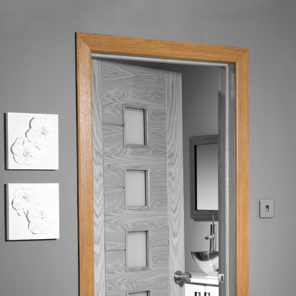 Pre Finished Oak Veneered Architrave Set With Modern Profile Pfoarset Rd